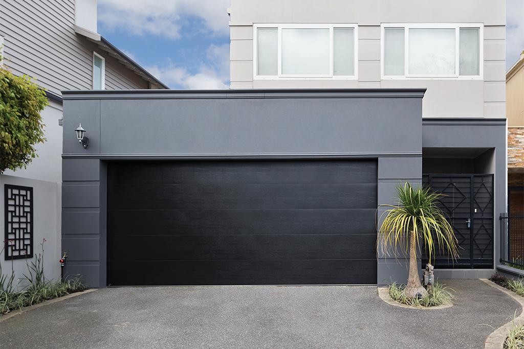 B&D Sectional Garage Door